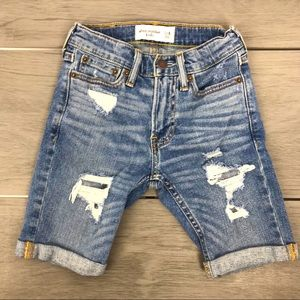 New Abercrombie kids distress denim jean short 7/8
